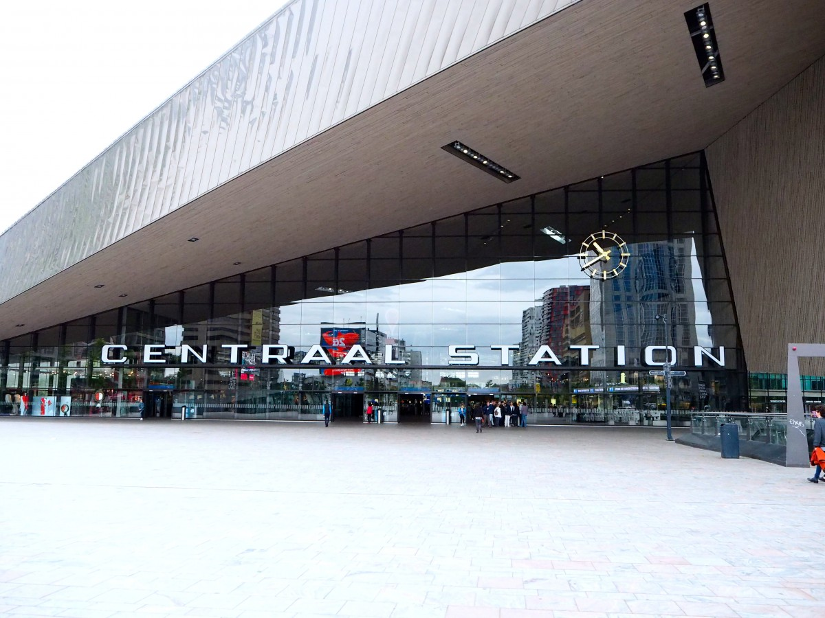 rotterdam train station