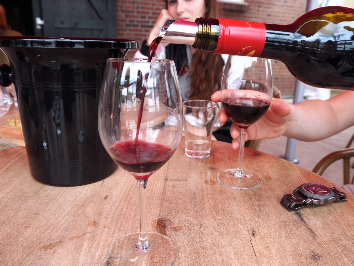 red wine holland