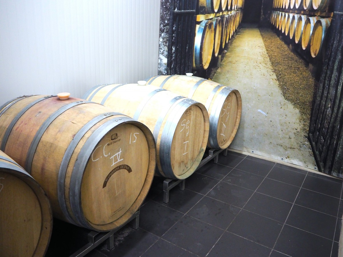 landwinkel wine barrels