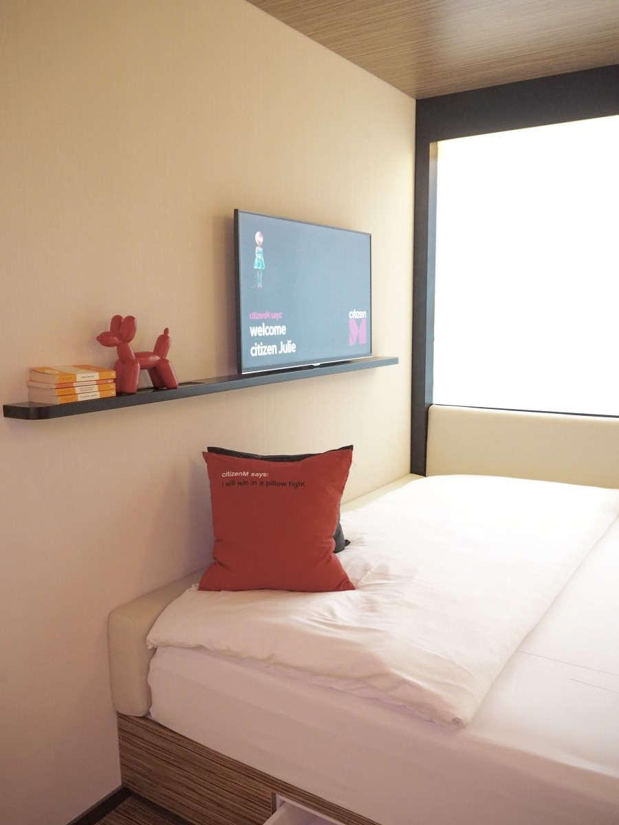 checking in: citizen m hotel - tower hill
