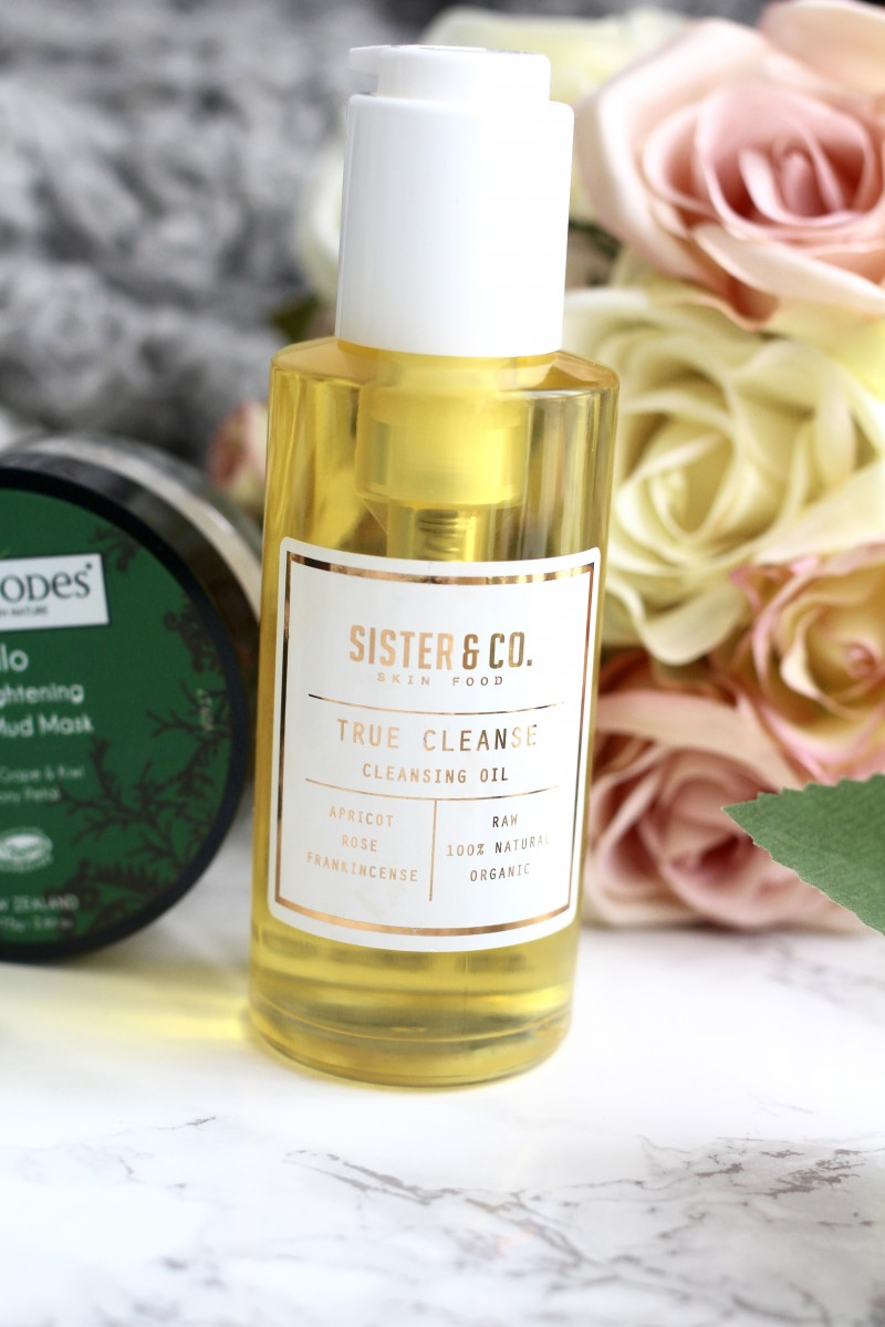 sister and co cleansing oil