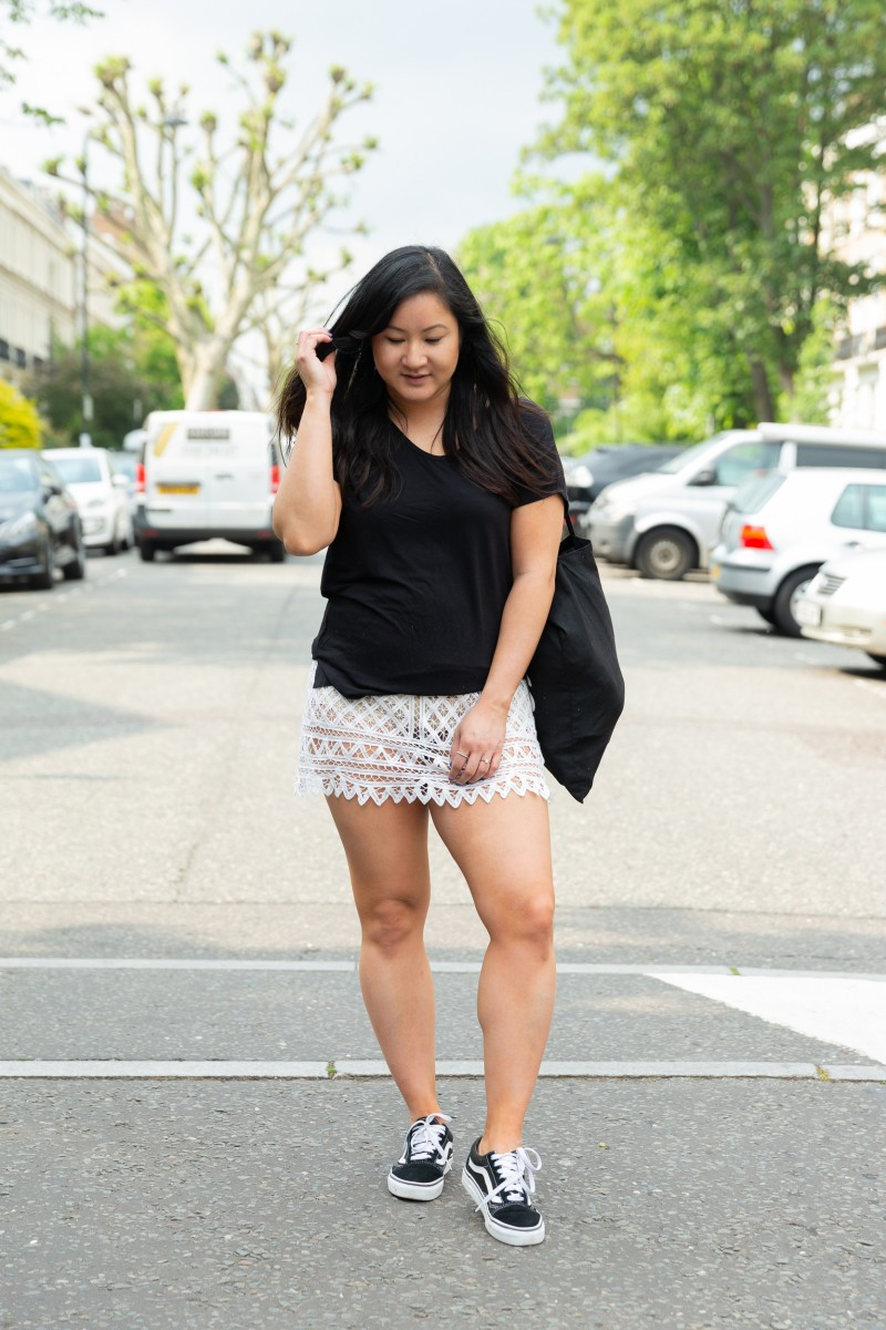 how to wear a lace skirt