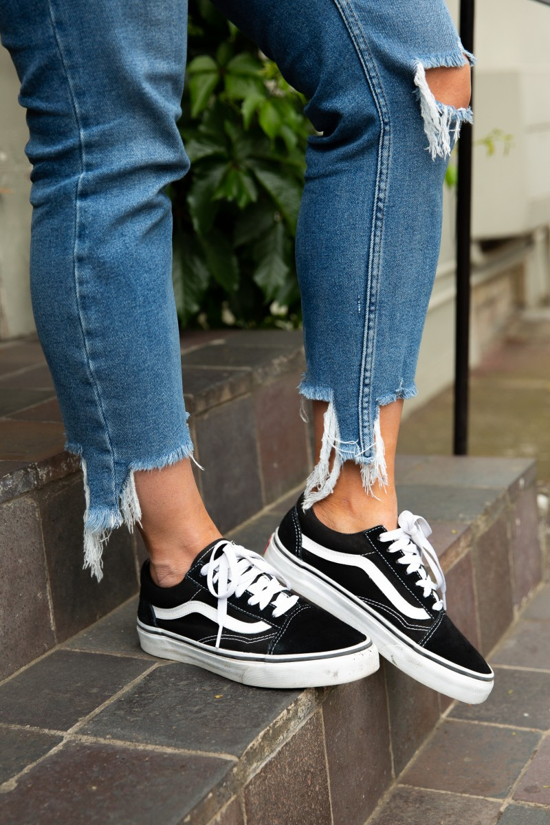 how to wear vans