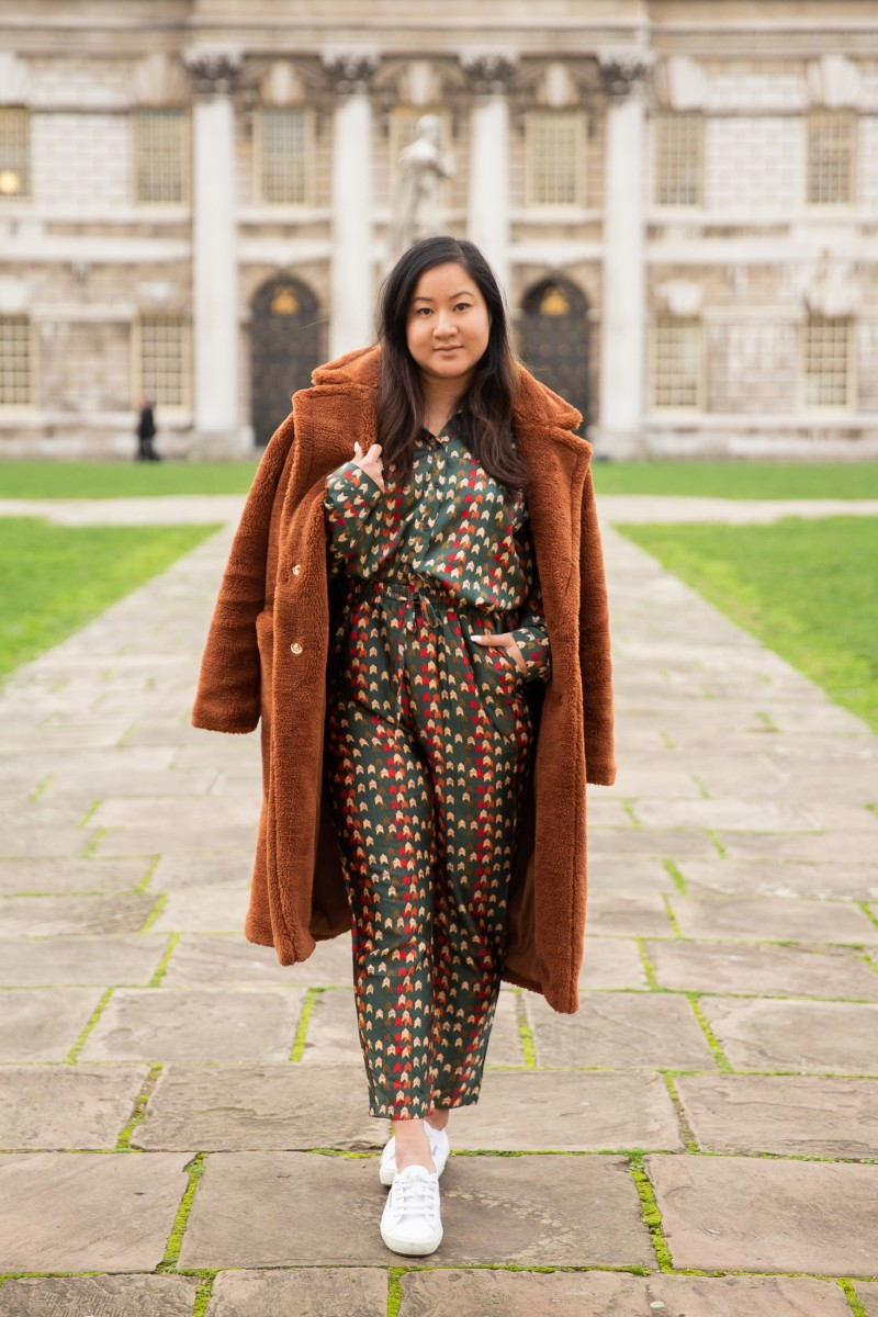 raining cake travel blogger