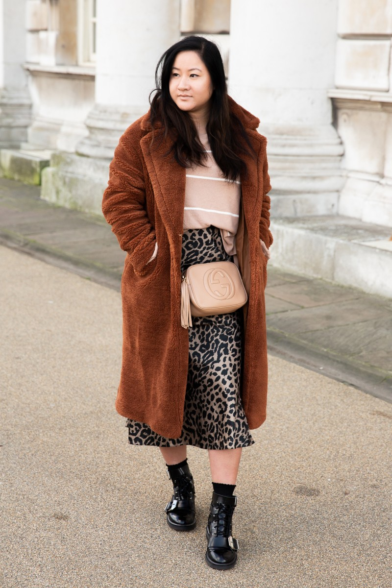 how to style teddy coats
