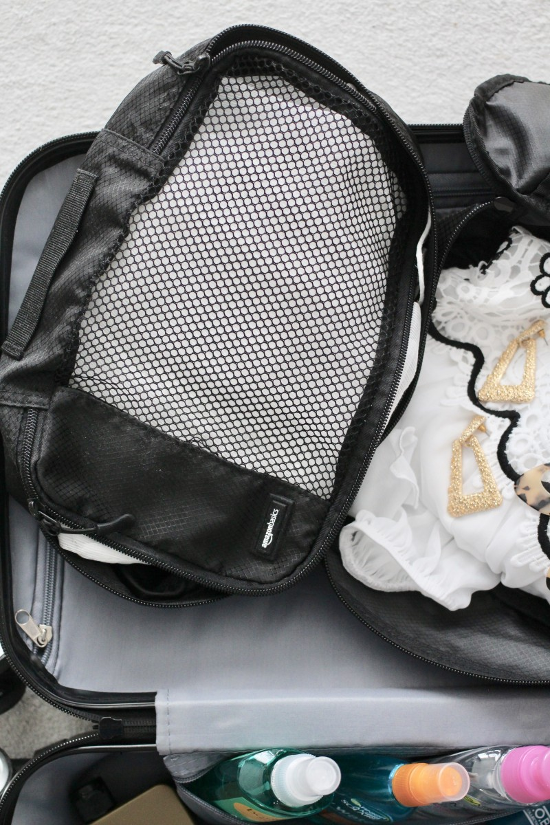 how to pack using packing cubes